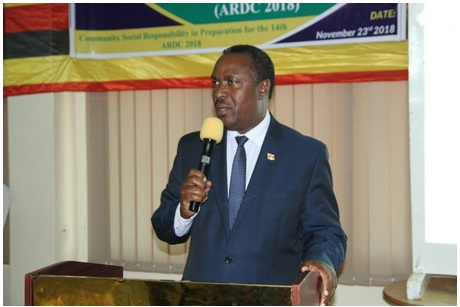Dr. Elioda Tumwesigye addresses participants of the MUST Research Conference